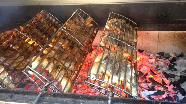 Carne a la brasa Restaurante y Currrasqueira A Caseirinha