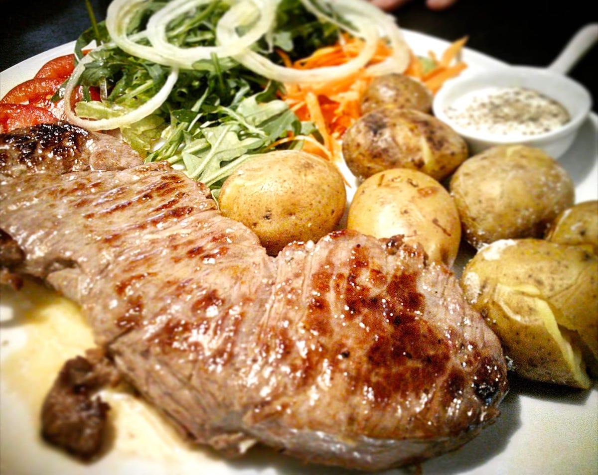 Carne Restaurante Távola