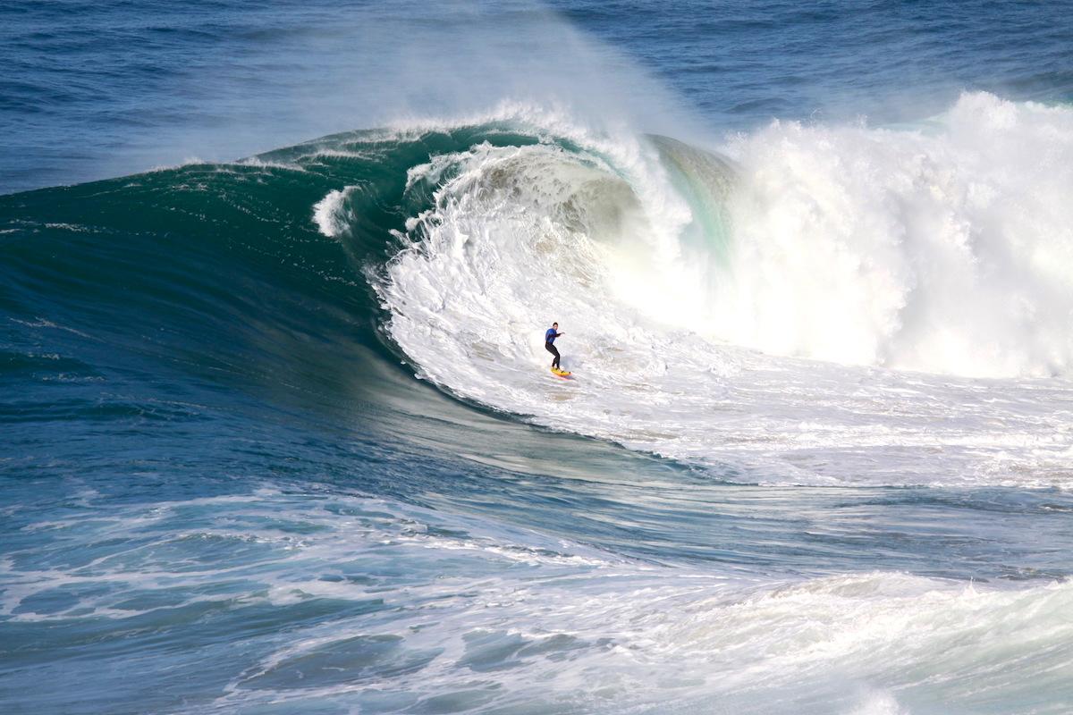 Grandes olas de Nazaré playa Norte 2019