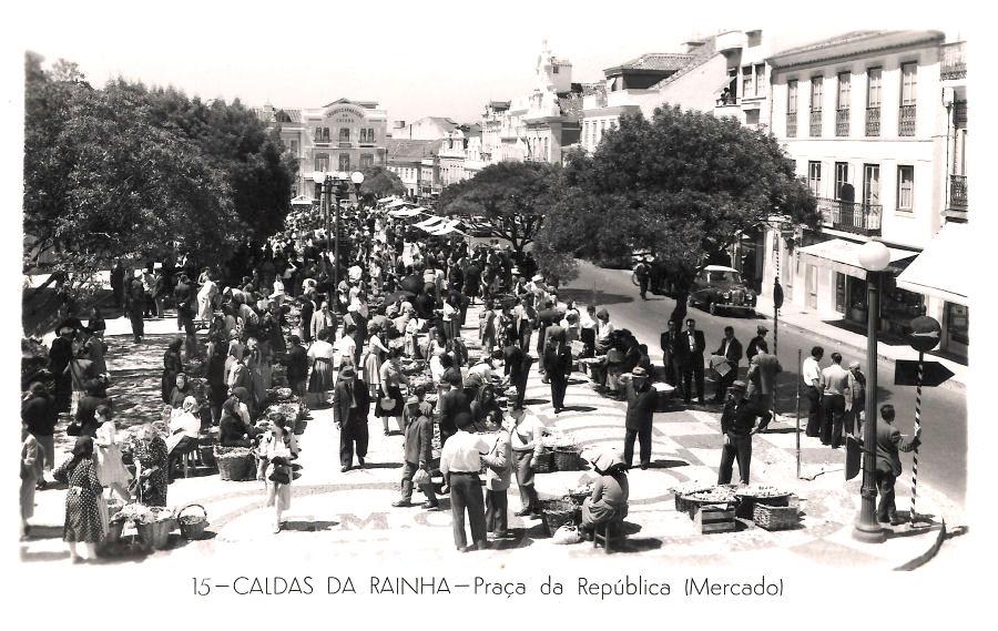 CaldasRainha Antigua Plaza da fRUTA
