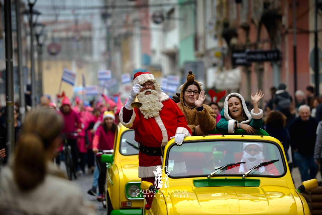 Desfile Papa Noel Caldas da Rainha natal